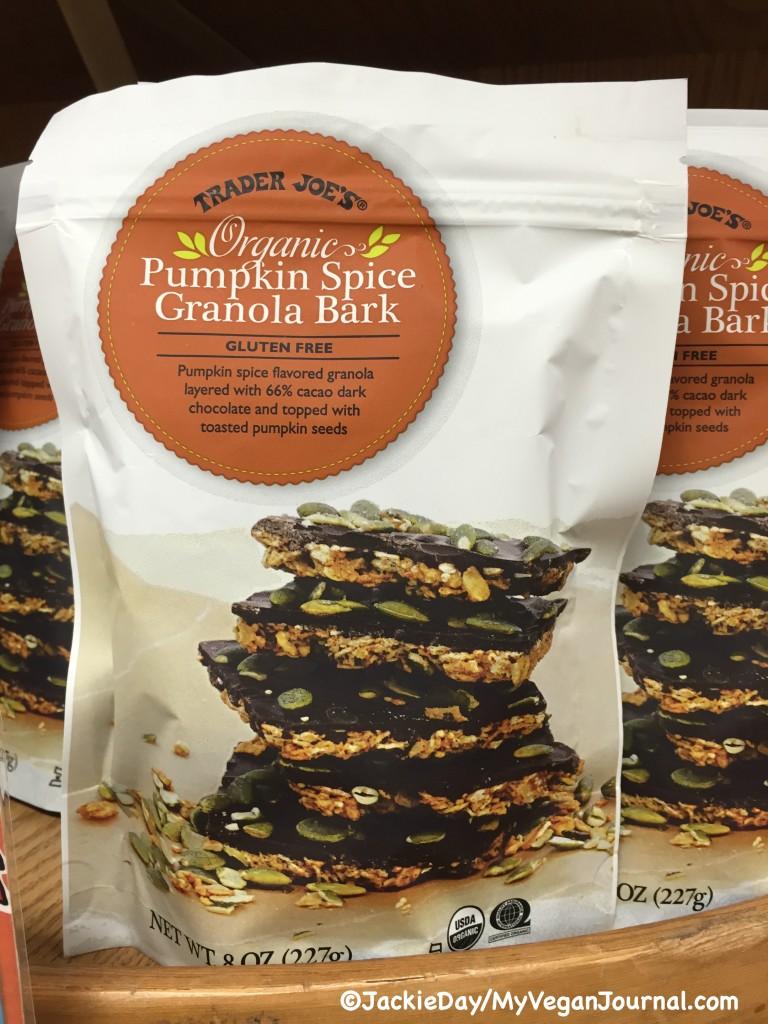 pumpkin-spice-granola-bark